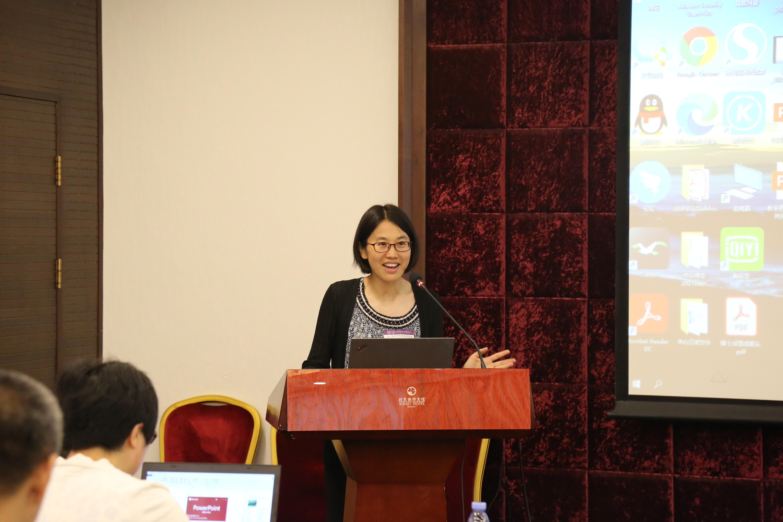 20210626-统计学教学改革研讨会-白露佳-王江典主持会议JPG